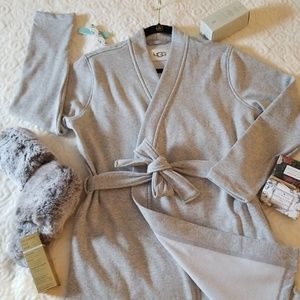 UGG Womens Clarence Robes- Heather Gray-M